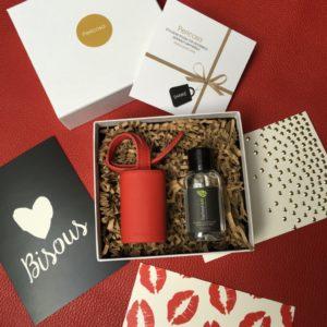 Geschenkidee Valentinstag Lederanhänger mit Hygiene-Handgel